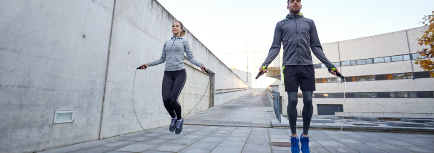 Hop Around and Feel These 5 Benefits of Jump Rope Exercises